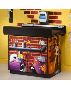 Clinton Alley Cats and Dogs Scale Table, 7837